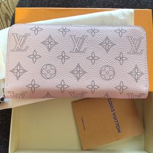 Women Louis Vuitton wallet pink authentic